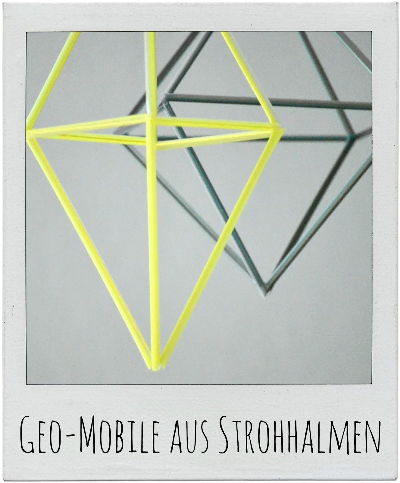 http://gemachtesundgedachtes.blogspot.de/2013/08/diy-ein-mobile-aus-strohhalmen.html