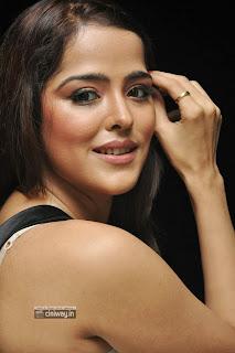 Priyanka-Chabra