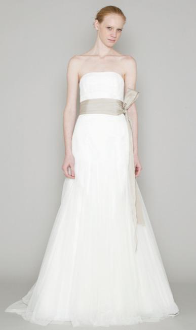 Robes de mariage robes de soir e et d coration robe de for Meilleures robes de mariage vera wang