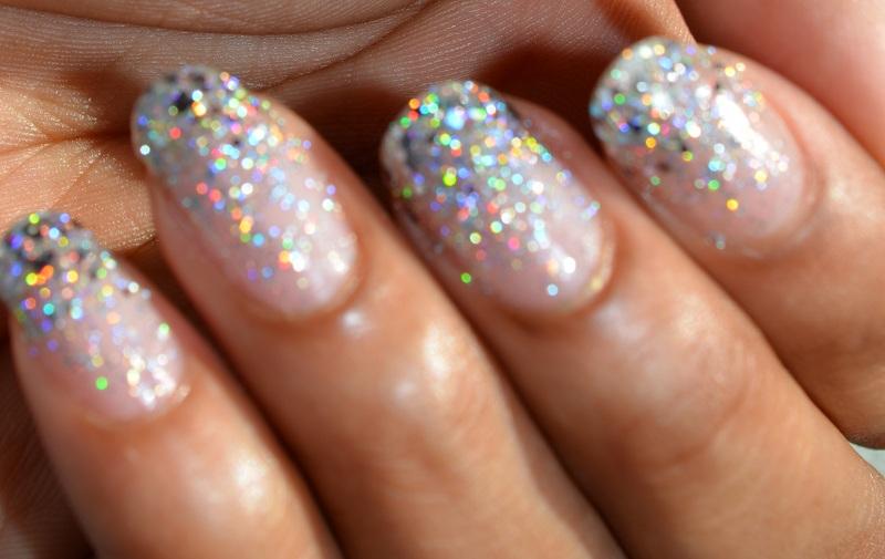 Как сделать маникюр с блестками на кончиках ногтей