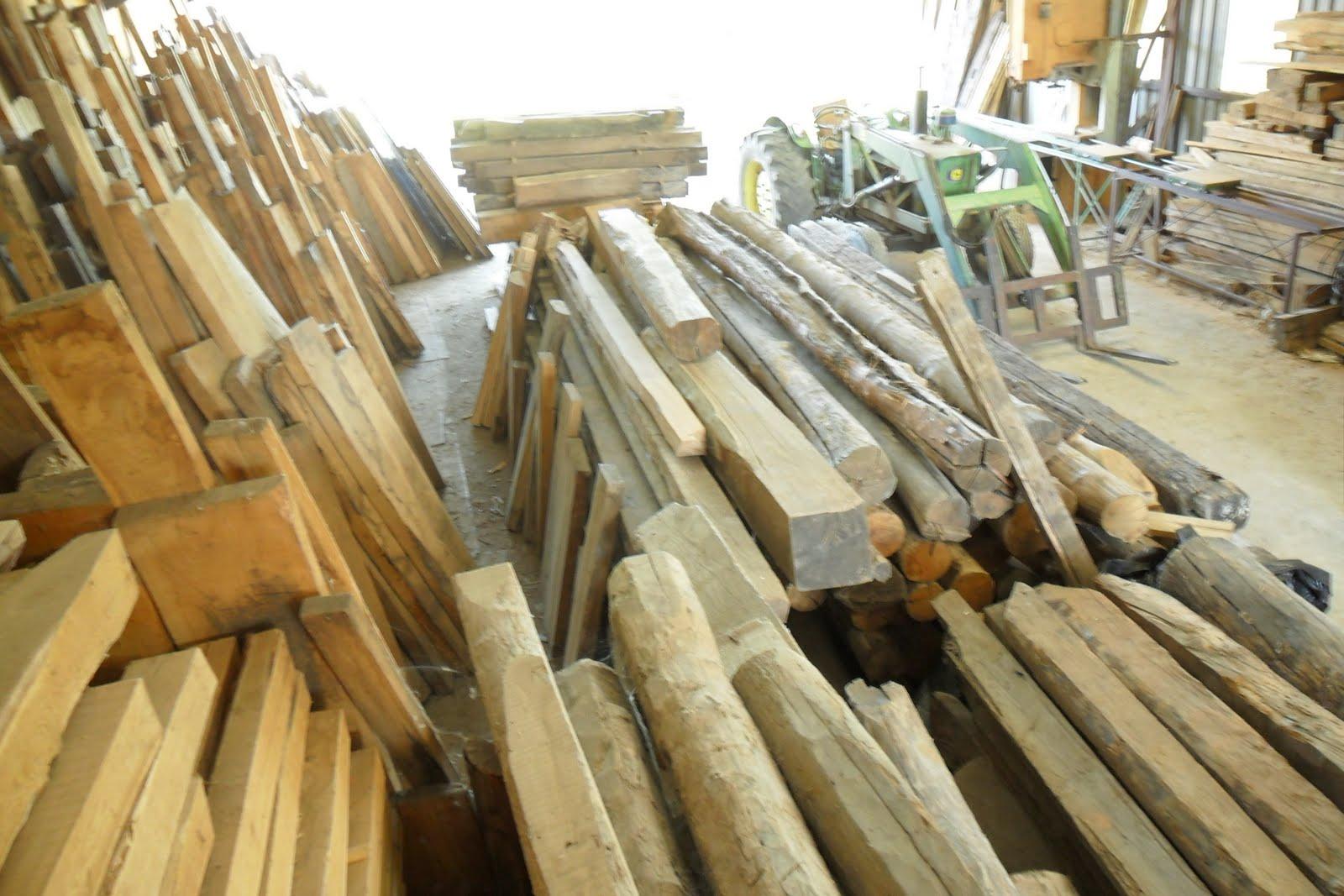 Carpinteria de madera corriols artesanos de hervas vigas - Construccion de tejados de madera ...