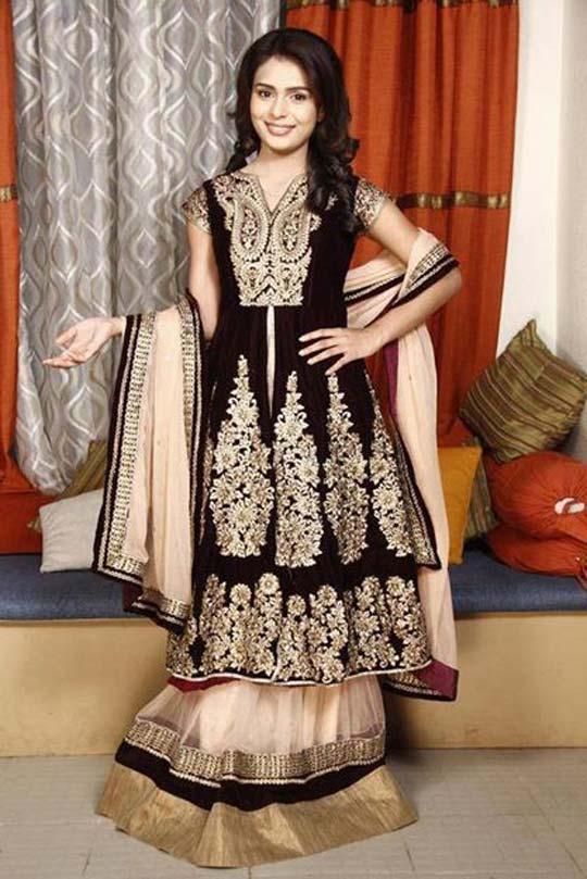 ... Profile| Sonal Vengurlekar Biodata| Television Actress Sonal Vengurlekar Biography | Yeh Vaada Raha Serial Actress Sonal Vengurlekar ( Survi) Biodata, ...