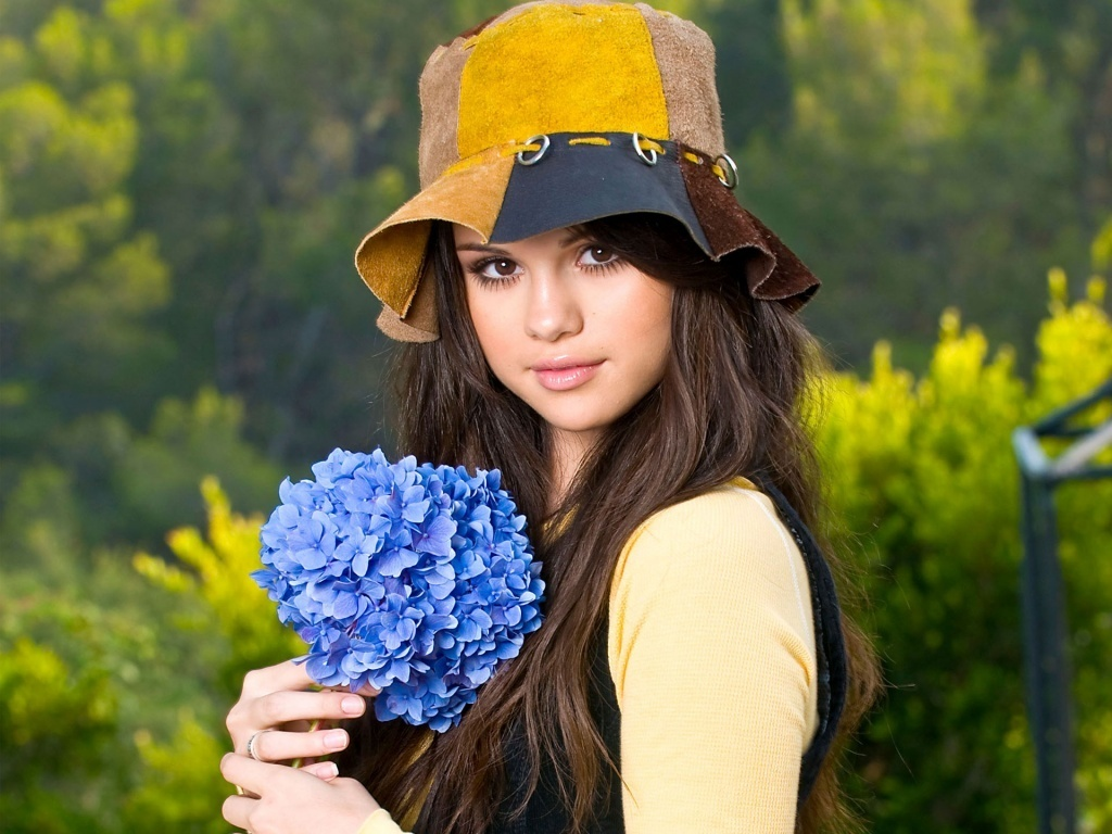 Selena gomez fresh hd wallpapers 2013 world celebrities hd selena gomez wallpaper 2013 voltagebd Image collections