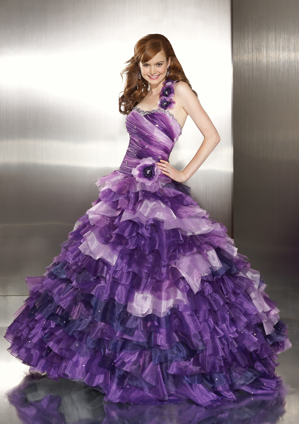 WhiteAzalea Ball Gowns: Ball Gowns with Delicate Purple