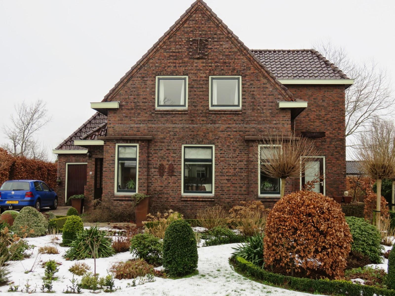 Architecten provincie groningen: amsterdamse schoolstijl in groningen