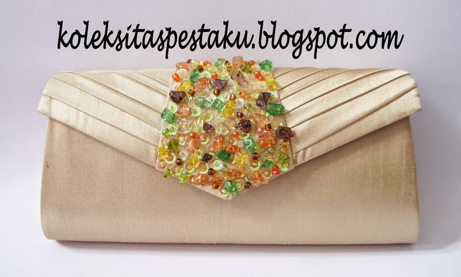 unik awet harga murah clutch bag cream