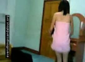 คลิปแอบดูนมนักเรียนม.ปลายวัยละอ่อน หัวนมเพิ่งตั้งเต้าเสียงไทยชัดเจน