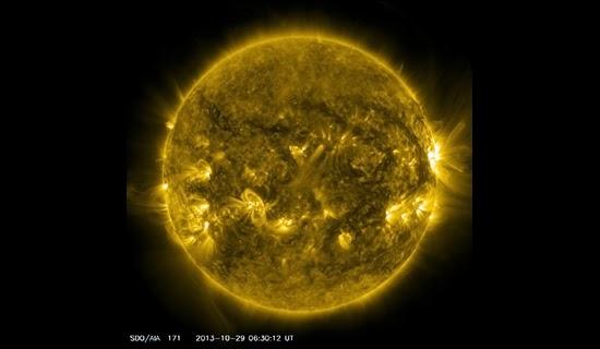 Matahari Akan Membalikan Kutub Magnetiknya