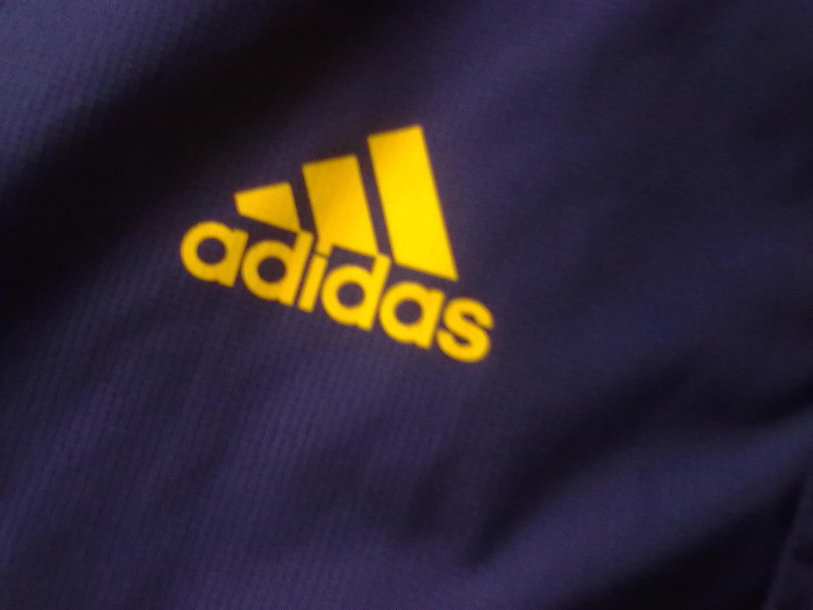 chaqueta del manchester united en colombia