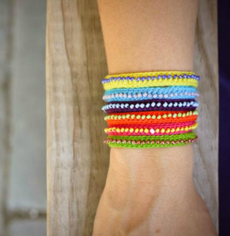 Embroidery floss bracelets with beads makaroka