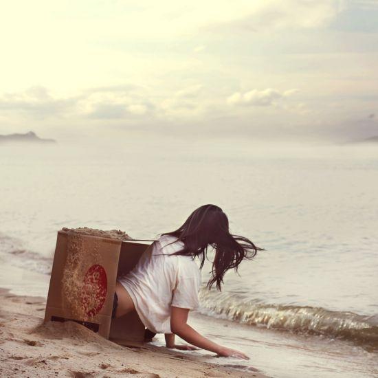 Kylie Woon fotografia photoshop surreal solidão melancolia Acordando de novo