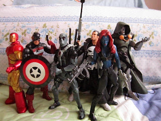 Marvel Legends Wave 3 Epic Heroes Dr Doom Deadpool Mystique Moonstar Mutants X-men X-Force Future Foundation Blade Punisher Knights US Agent Neo Classic Iron Man Tony Stark Avengers