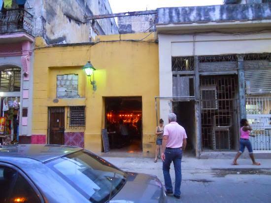 El Chanchullero de Tapas es todo un hallazgo en La Habana Vieja, un lugar agradable, europeo y moderno