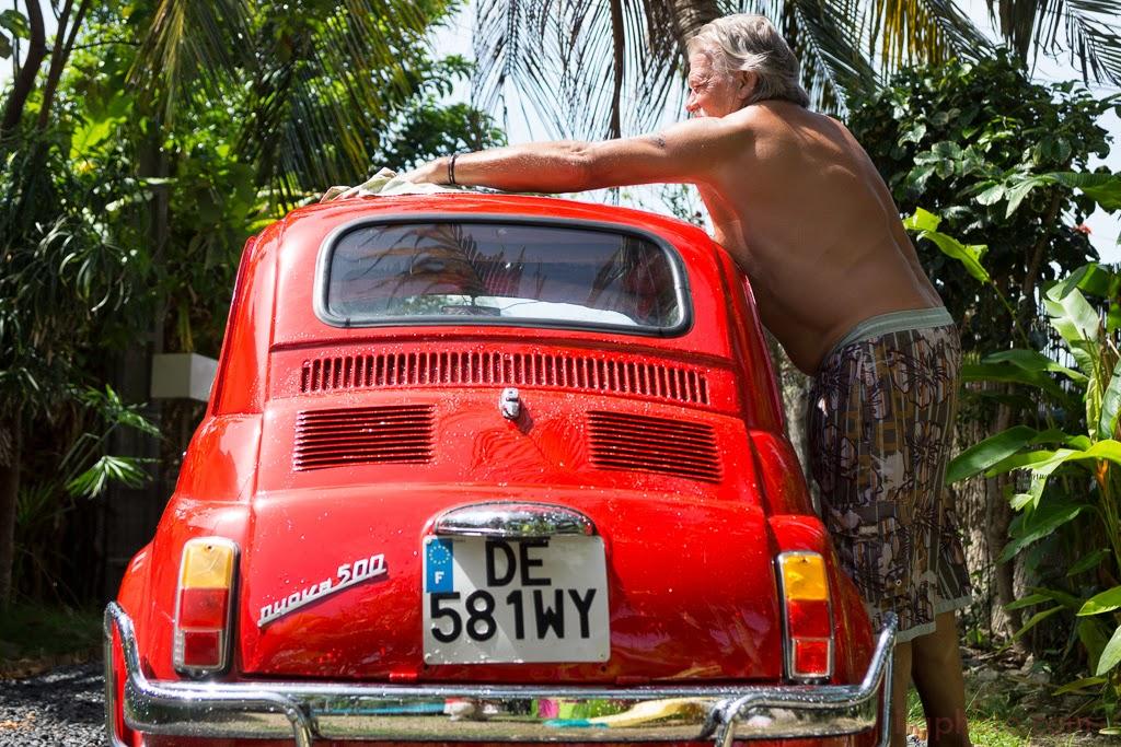 lavage de la voiture de la mariée