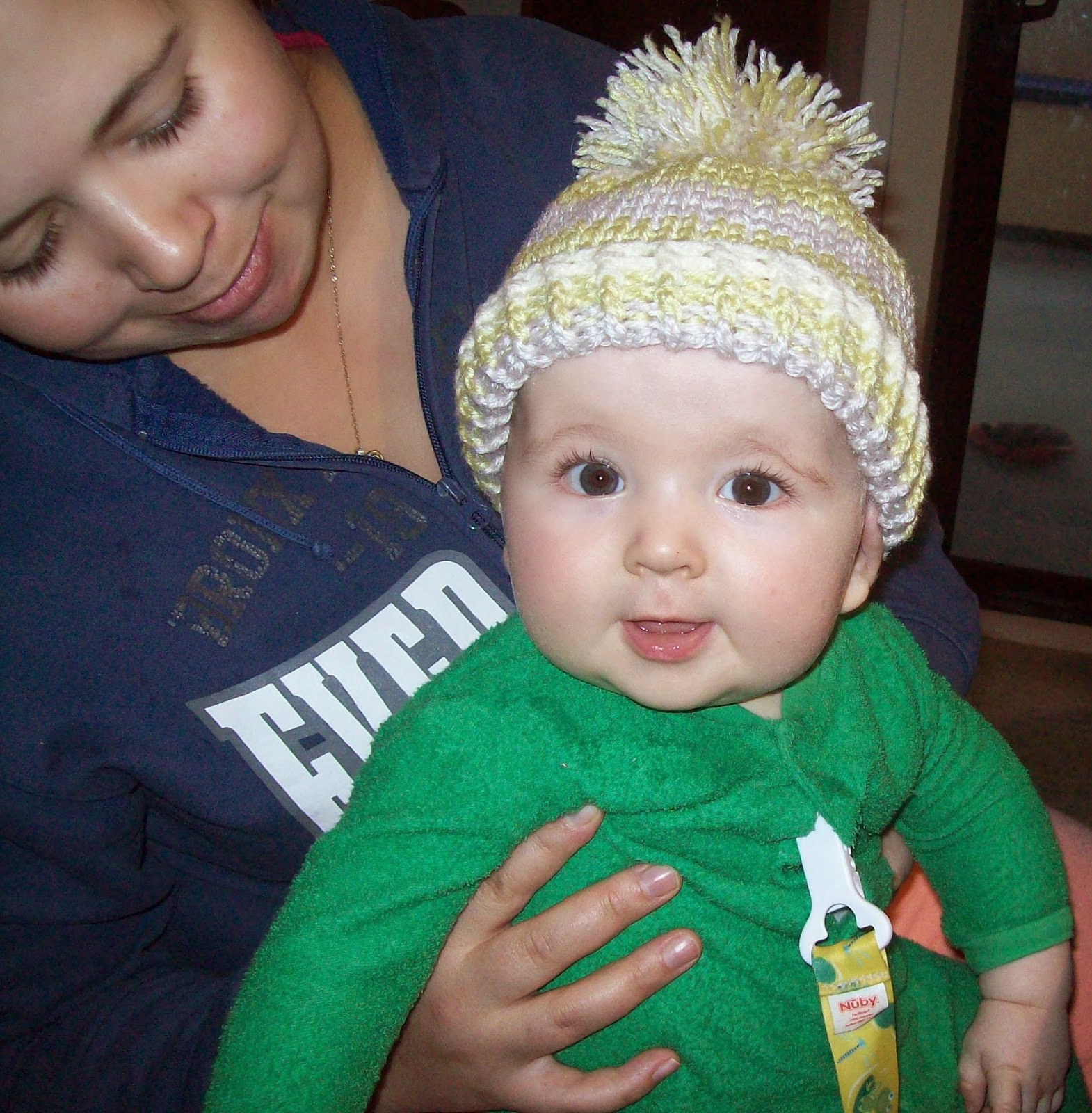 knit look crochet baby hat