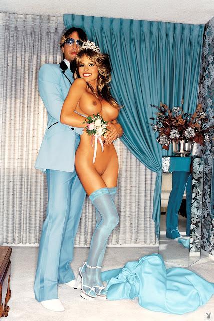 Pamela Anderson Nude