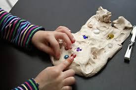 Como estimular el sentido del tacto en niños