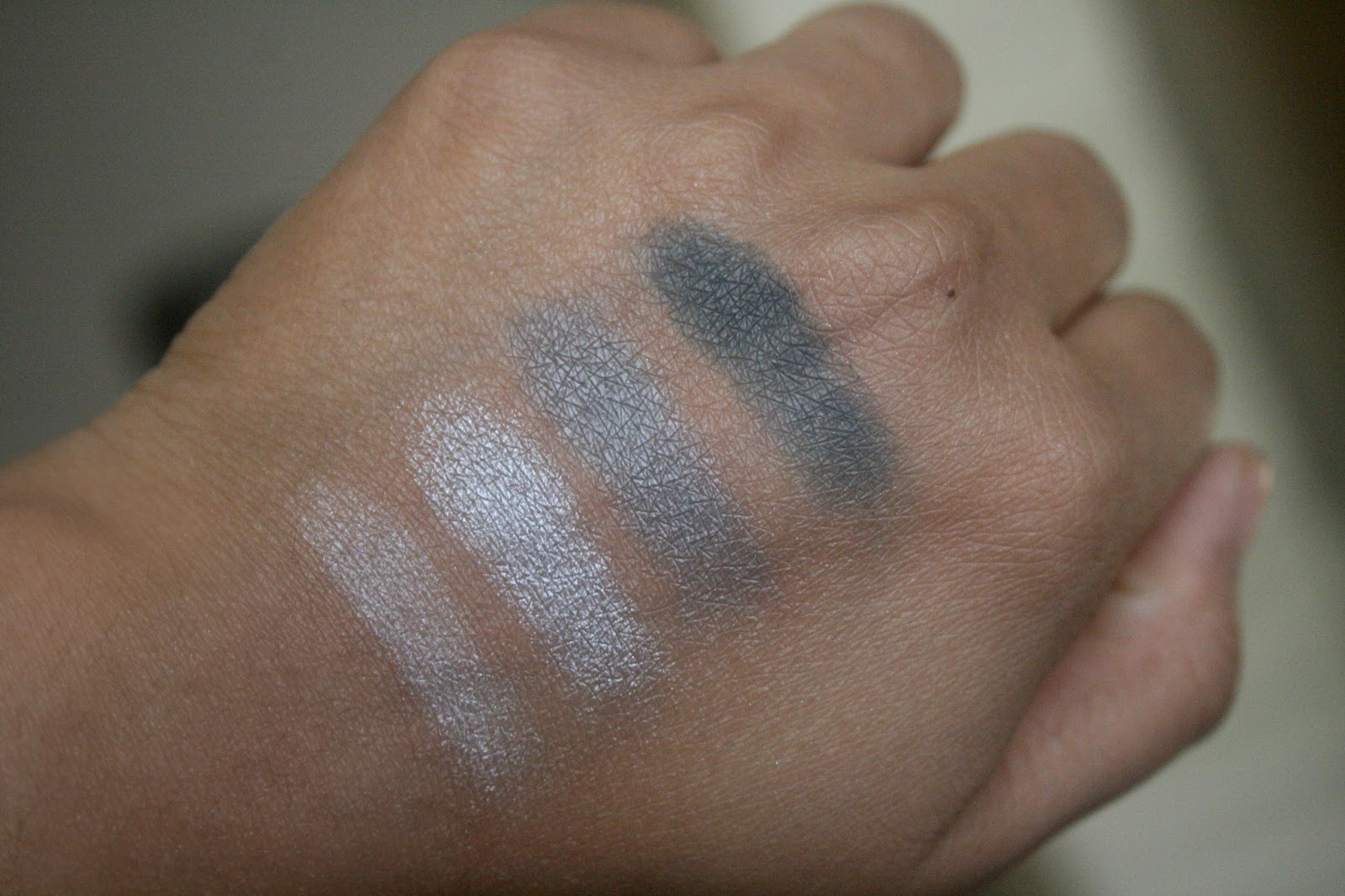 LORAC The Royal Eyeshadow Collection Holiday 2014 Duchess Palette Swatch