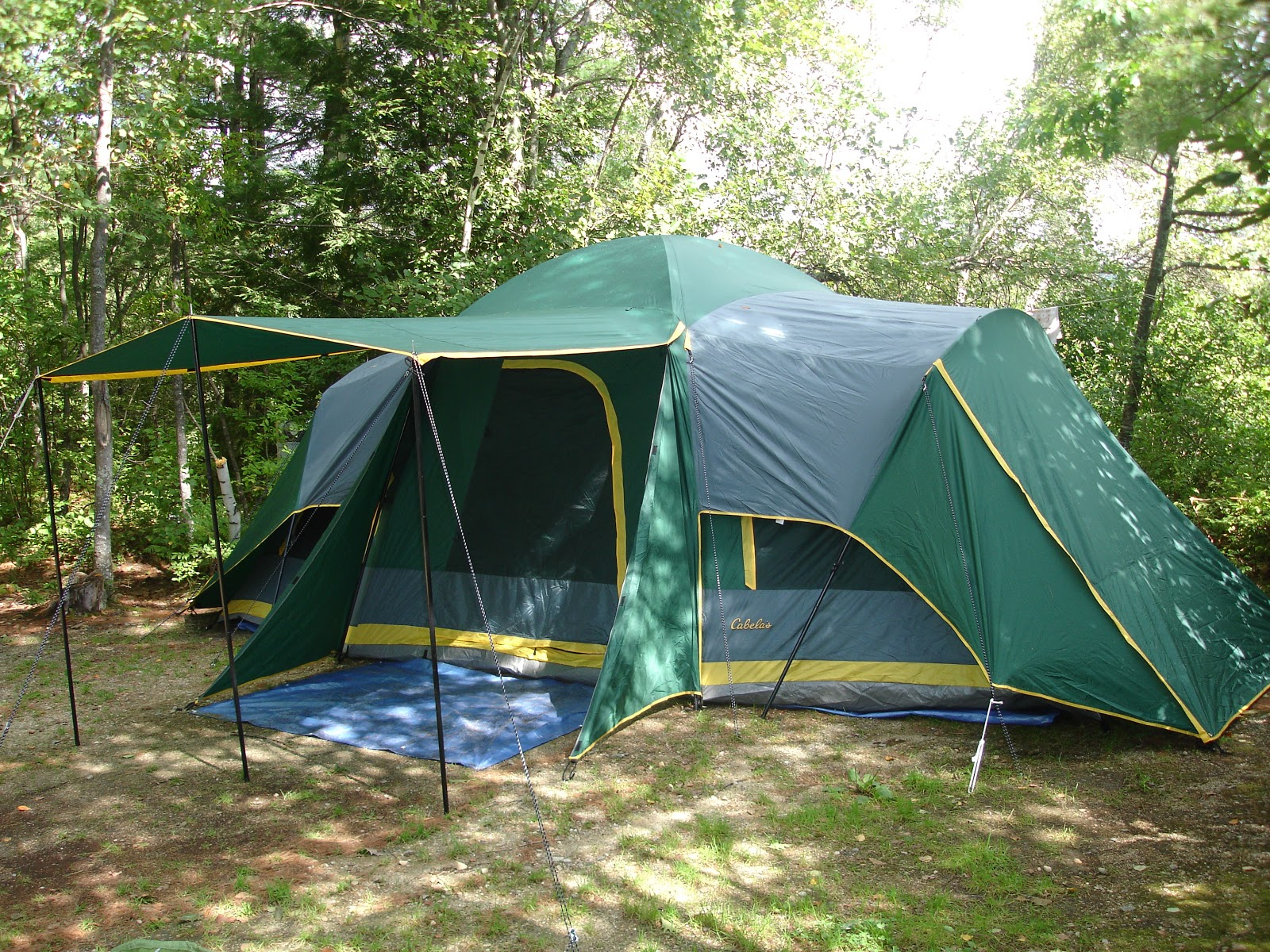 Cabelau0027s cabin tent. & Maine Outdoor Living: Tents DO Keep You Dry in the Rain when ...