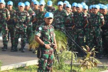 FOTO : 850 Prajurit TNI terima Pengarahan Dansatgas Indobatt
