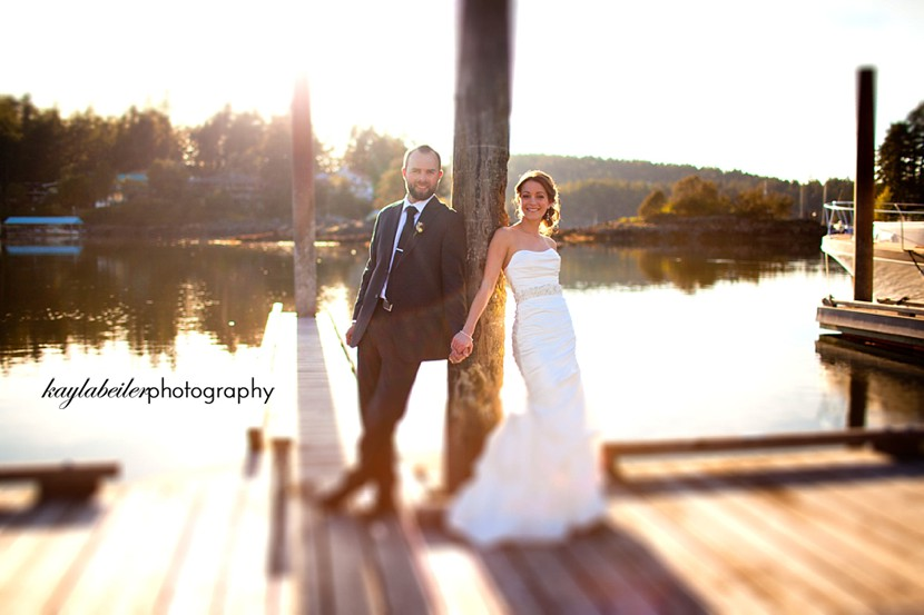 painted boat resort wedding photo