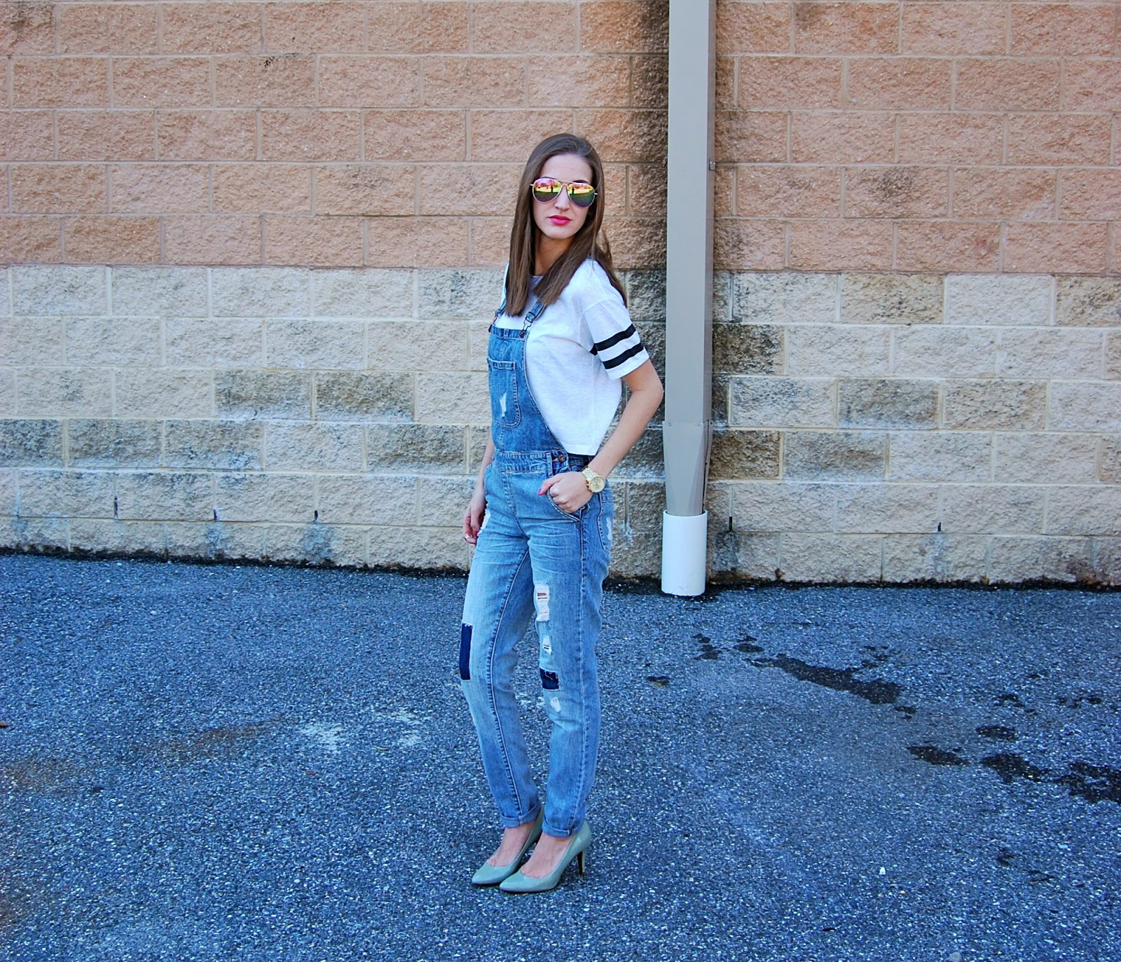 Forever21 Overalls, Mirrored Sunglasses, American Eagle Crop Top
