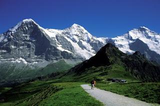 Jungfrau Hiking Above Grindelwald