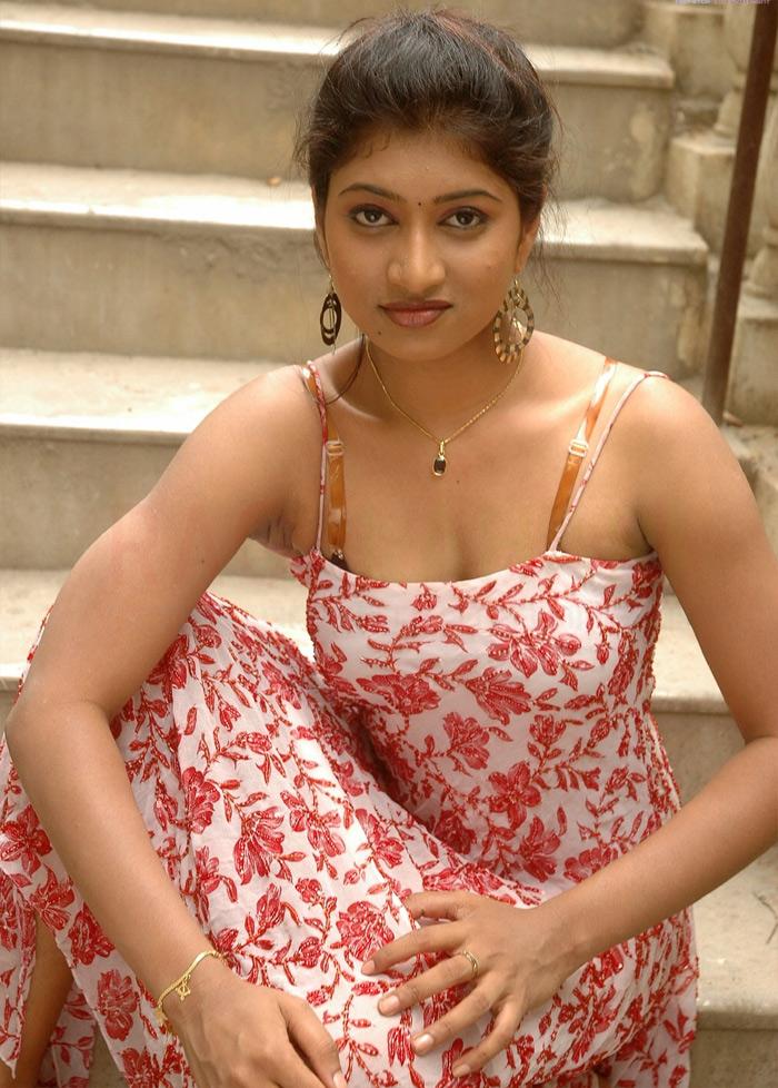 Sexy indian girls in blouse. Swathi Naidu Hot Bhabhi   #
