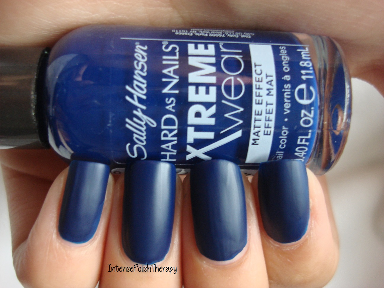 Sally Hansen - Blue Blood