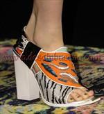 tren sepatu wanita