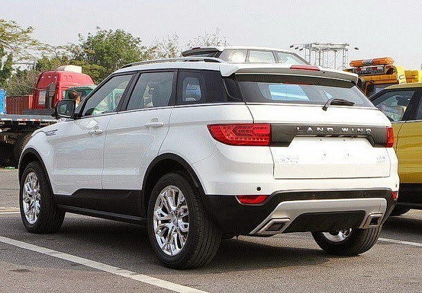 Land Wind X7 la copia china del Land Rover Range Evoque