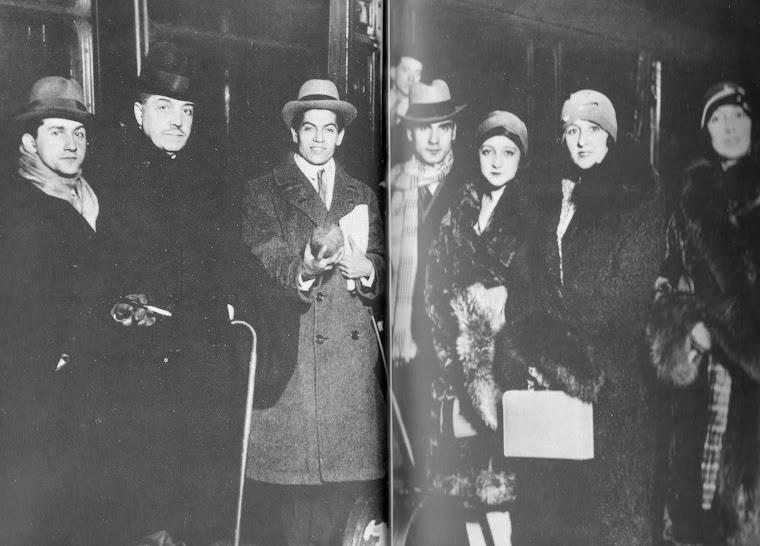 Grupo dos Balés Russos, em Edinburgo (Escócia, 1928).