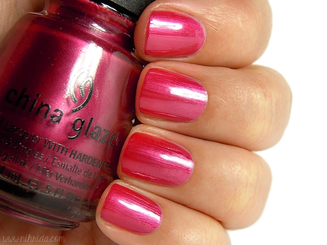 China Glaze - An Affair to Remember