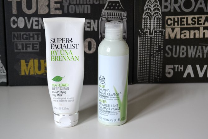 The Body Shop Aloe Calming Facial Cleanser