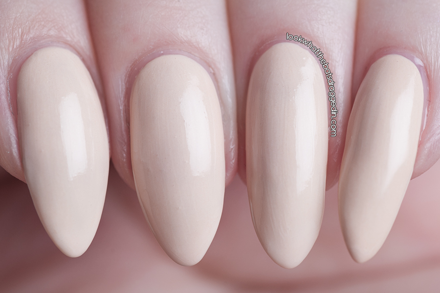 Sayuri Nail Lacquer Blank Canvas polish