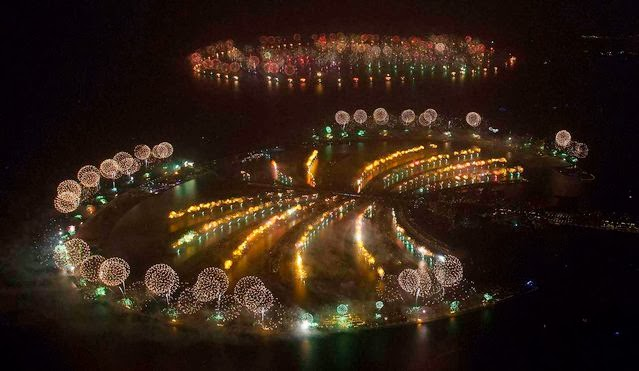 Fuegos Artificiales, año nuevo 2014, Dubái, Emiratos Árabes Unidos