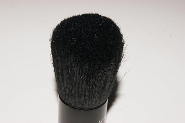 Avon Kabuki Brush