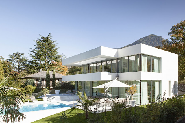 Modern white dream home