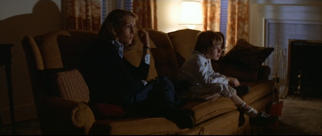 Laurie Strode and Tommy Doyle watch the horror movie marathon in HALLOWEEN (1978)