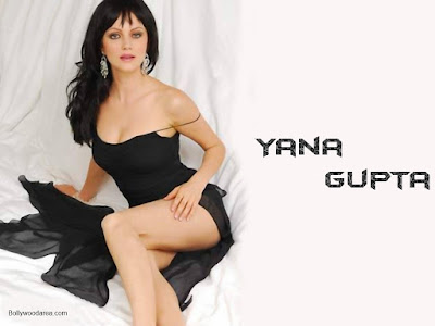 Nangi Indian Actress Sexy Wallpaper