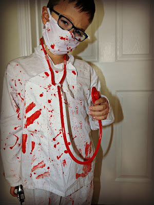 Dylon, blood splatter, Halloween