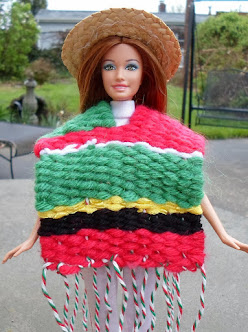 diy handwoven poncho for barbie