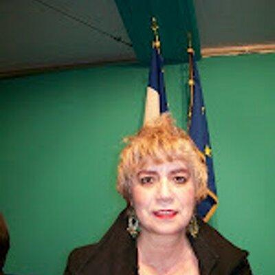 *Morgane BRAVO, Fondatrice du HUB «DIGITAL DIPLOMACY» : «POLITIQUE & SOCIAL NETWORKING»*