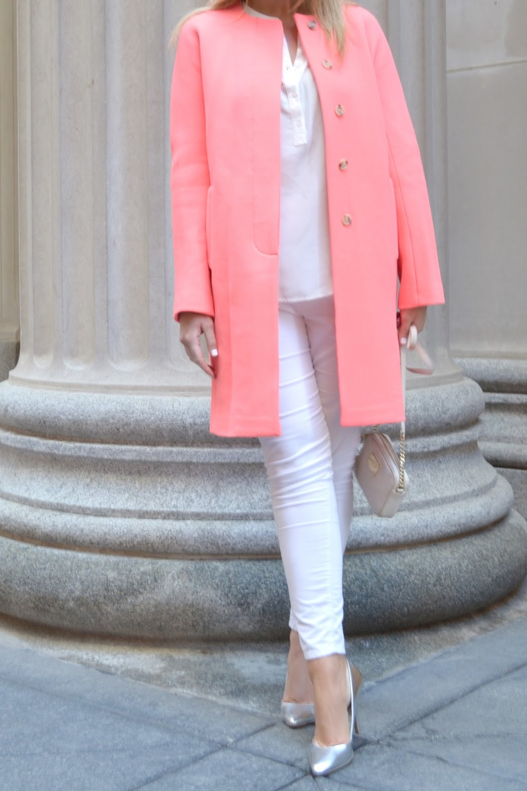Coral and White | bright and beautiful | Chicago Fashion   ...