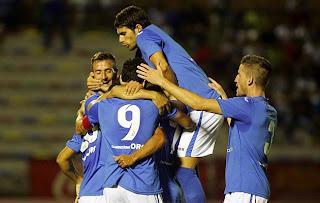 Celebración gol del San Fernando CD
