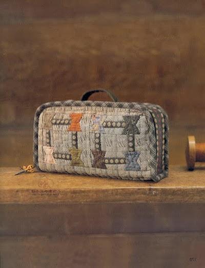 как сшить сумку-чемодан в лоскутной технике