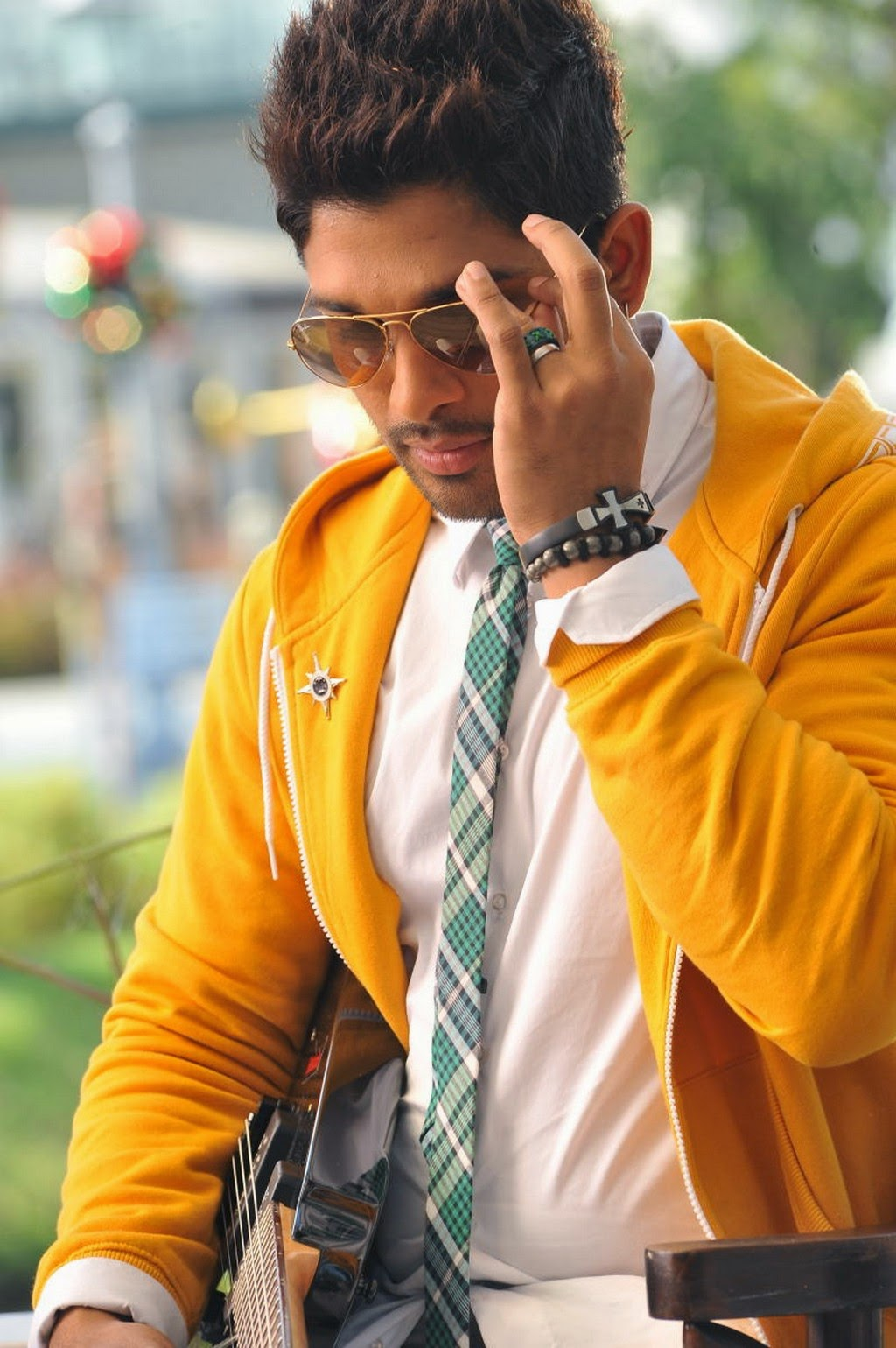 All Celebrity Profile Allu Arjun Stylish Stills In Romeo