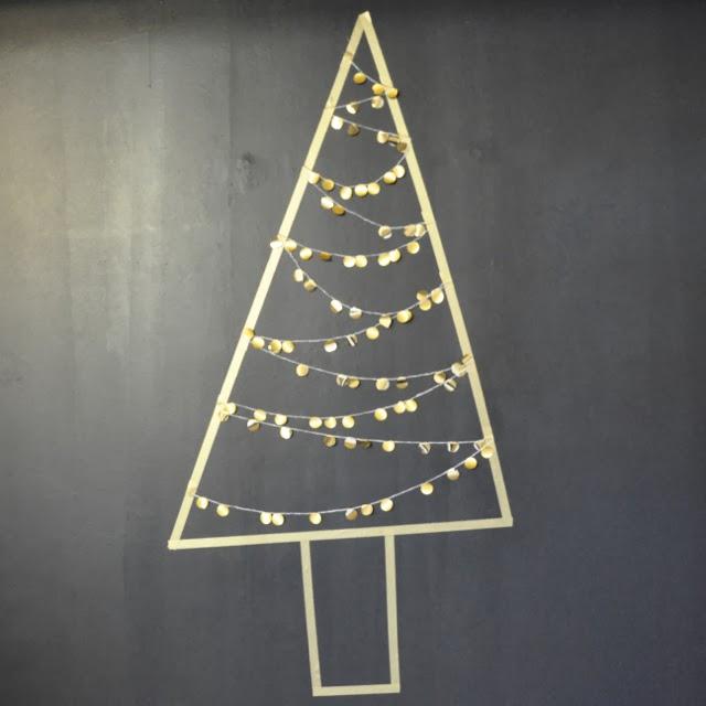 http://www.vdj-boutique.com/-decorations-pour-la-maison/3856-kit-sapin-de-noel-dore.html