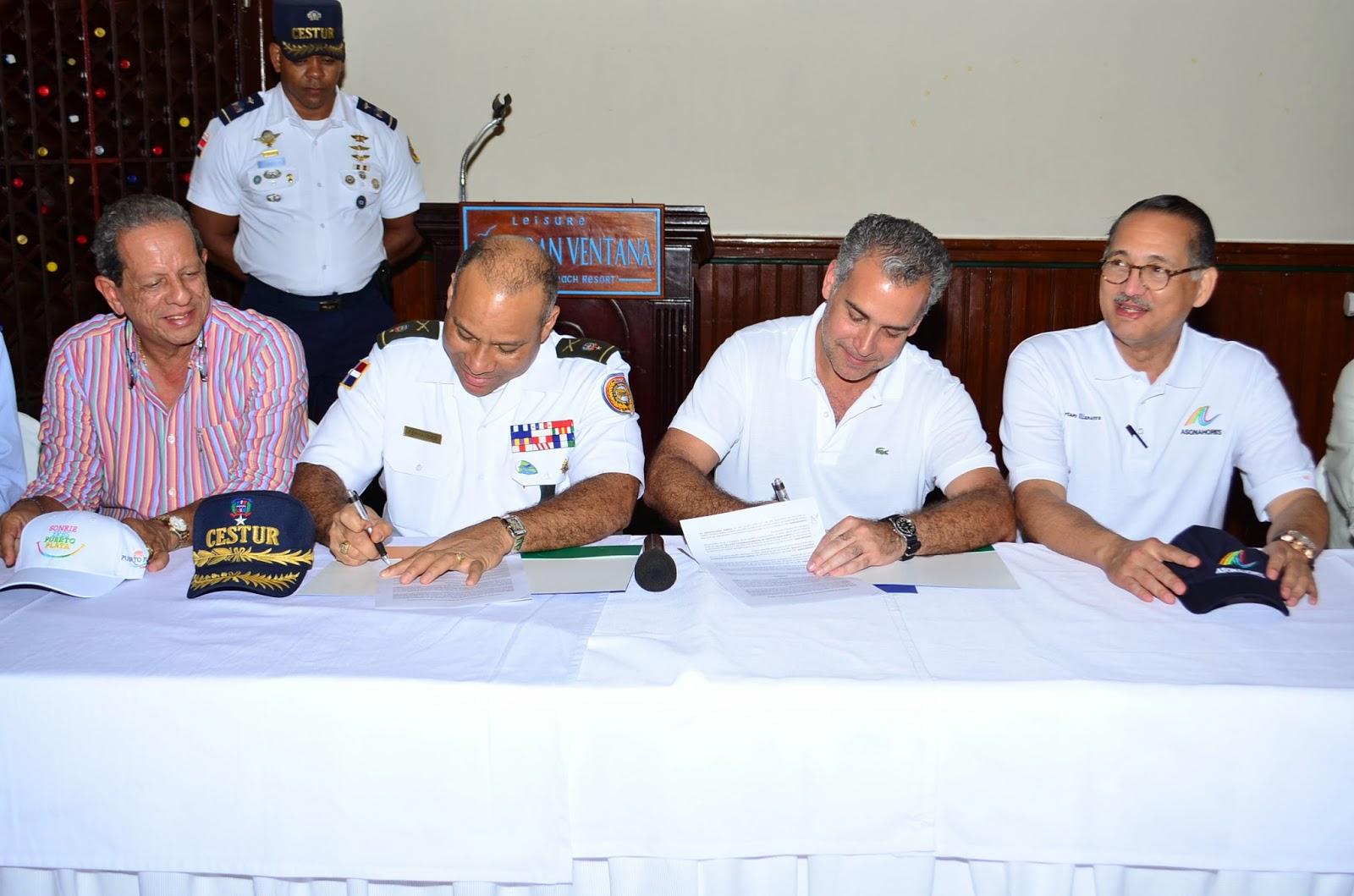 ASONAHORES y CESTUR firman acuerdo para fortalecer la seguridad en zonas turísticas