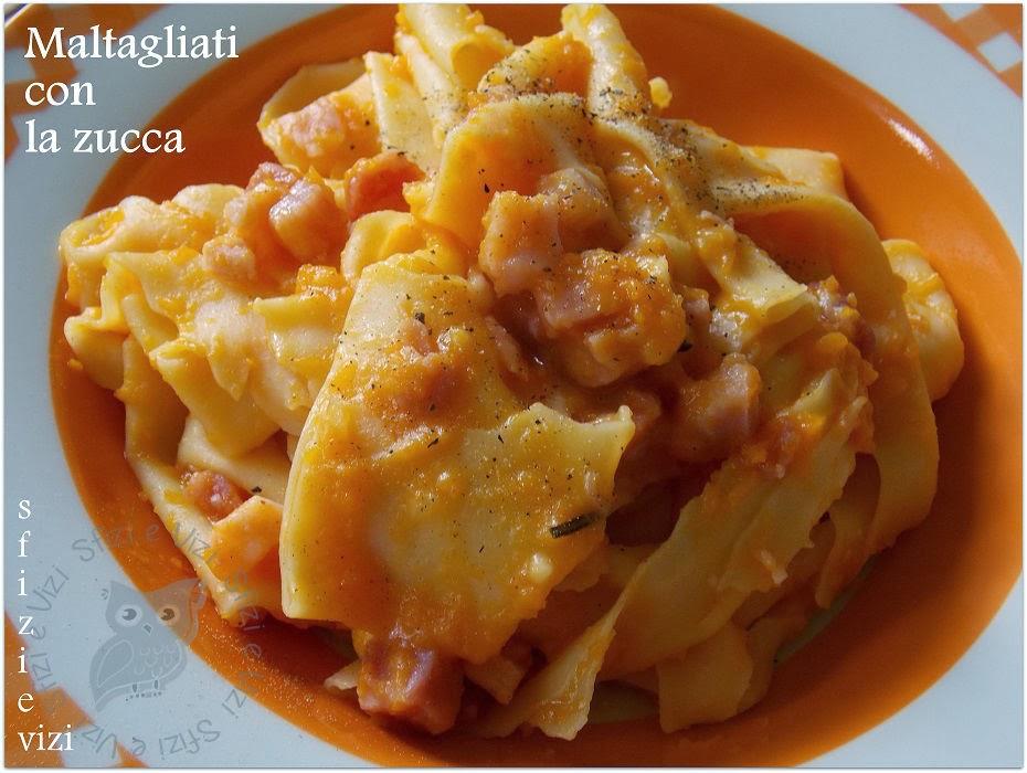 maltagliati con zucca, pancetta e mozzarisella, ovvero come riciclare le lasagne fresche - ricetta senza latticini -